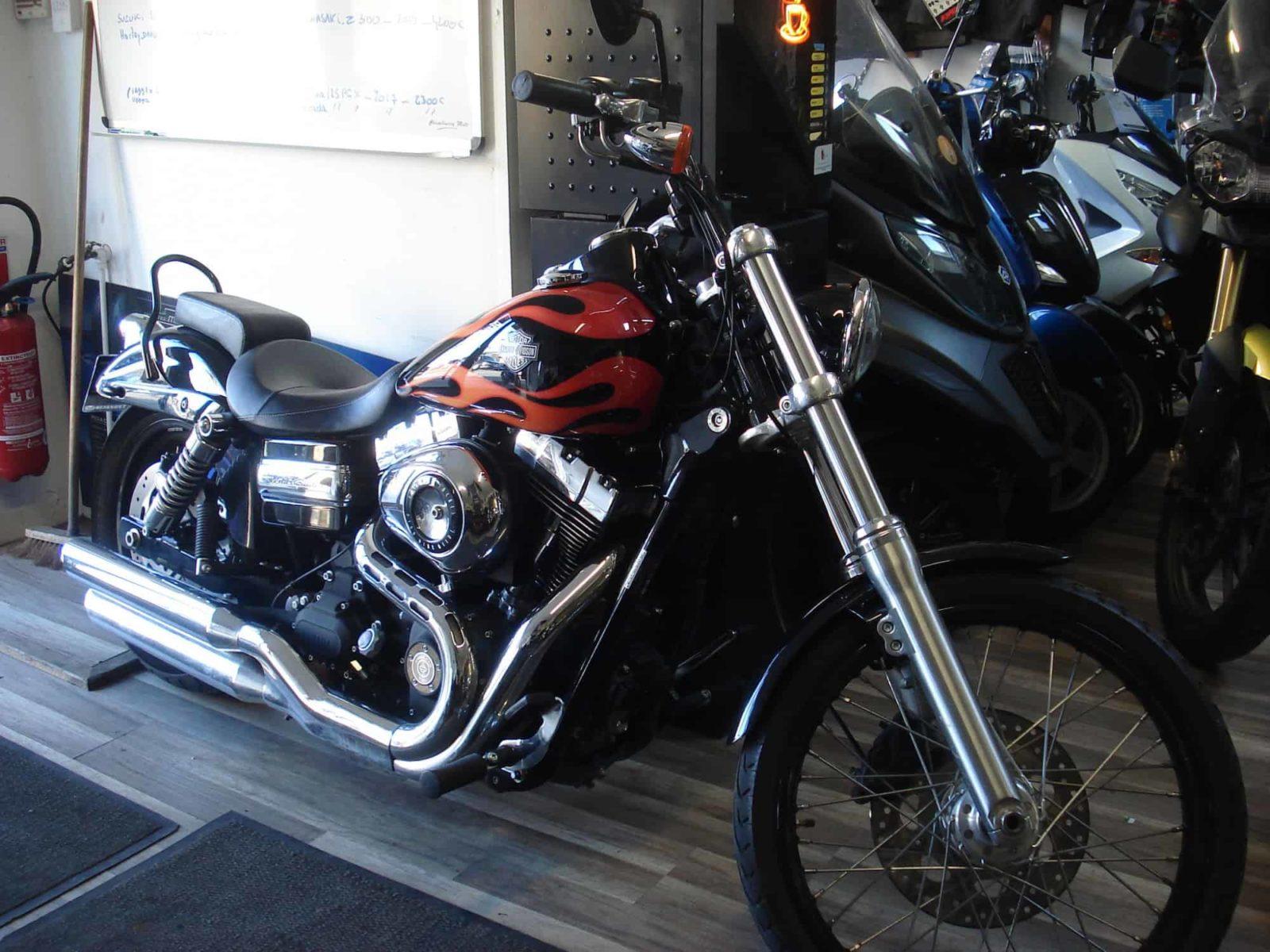 Vendu ! Harley-Davidson Dyna Wide Glide – 12000€