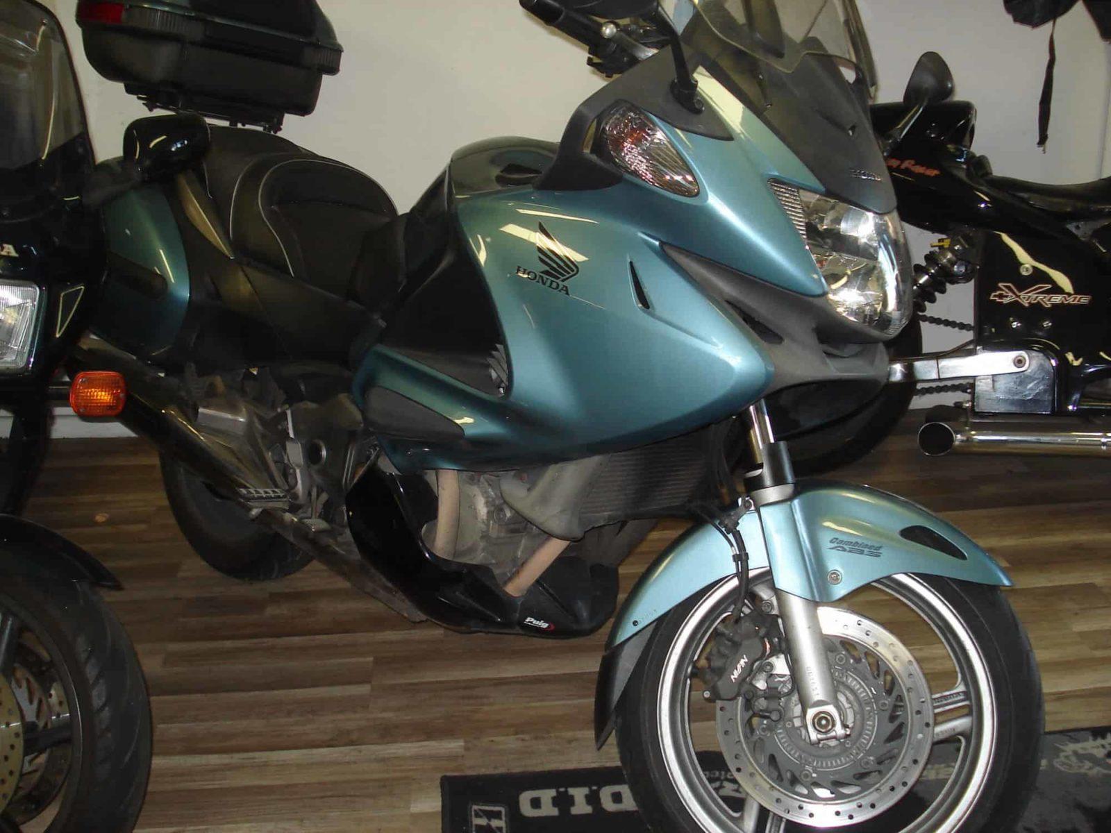 Honda NTV Deauville – 3200€