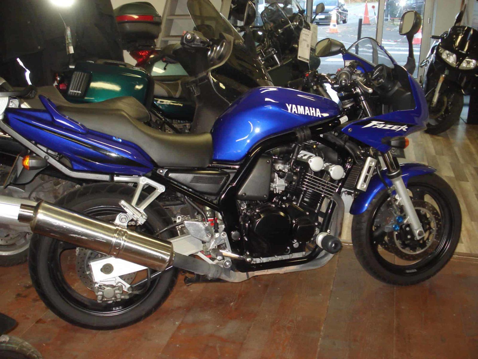 Vendu ! Yamaha FZS Fazer – 2500€