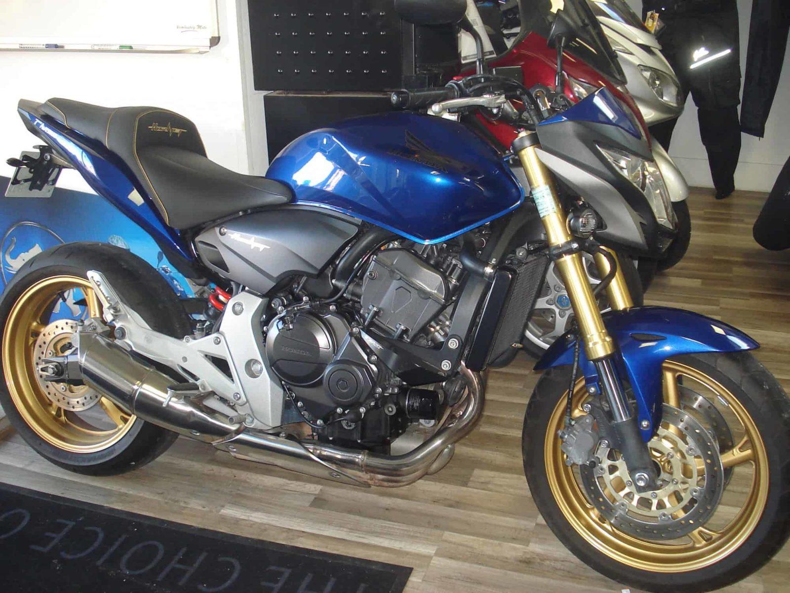 Honda CB 600 F Hornet – 4 800 €