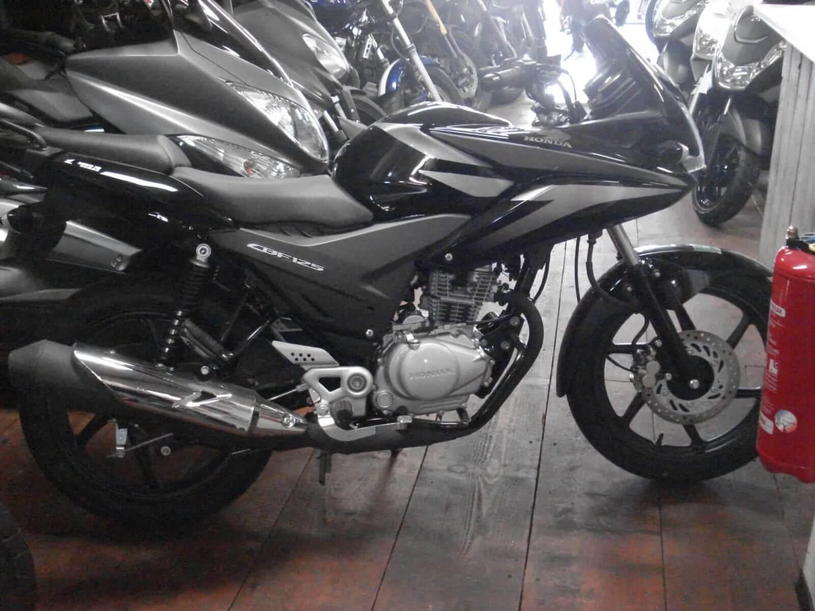 Honda CBF 125 – 2100€