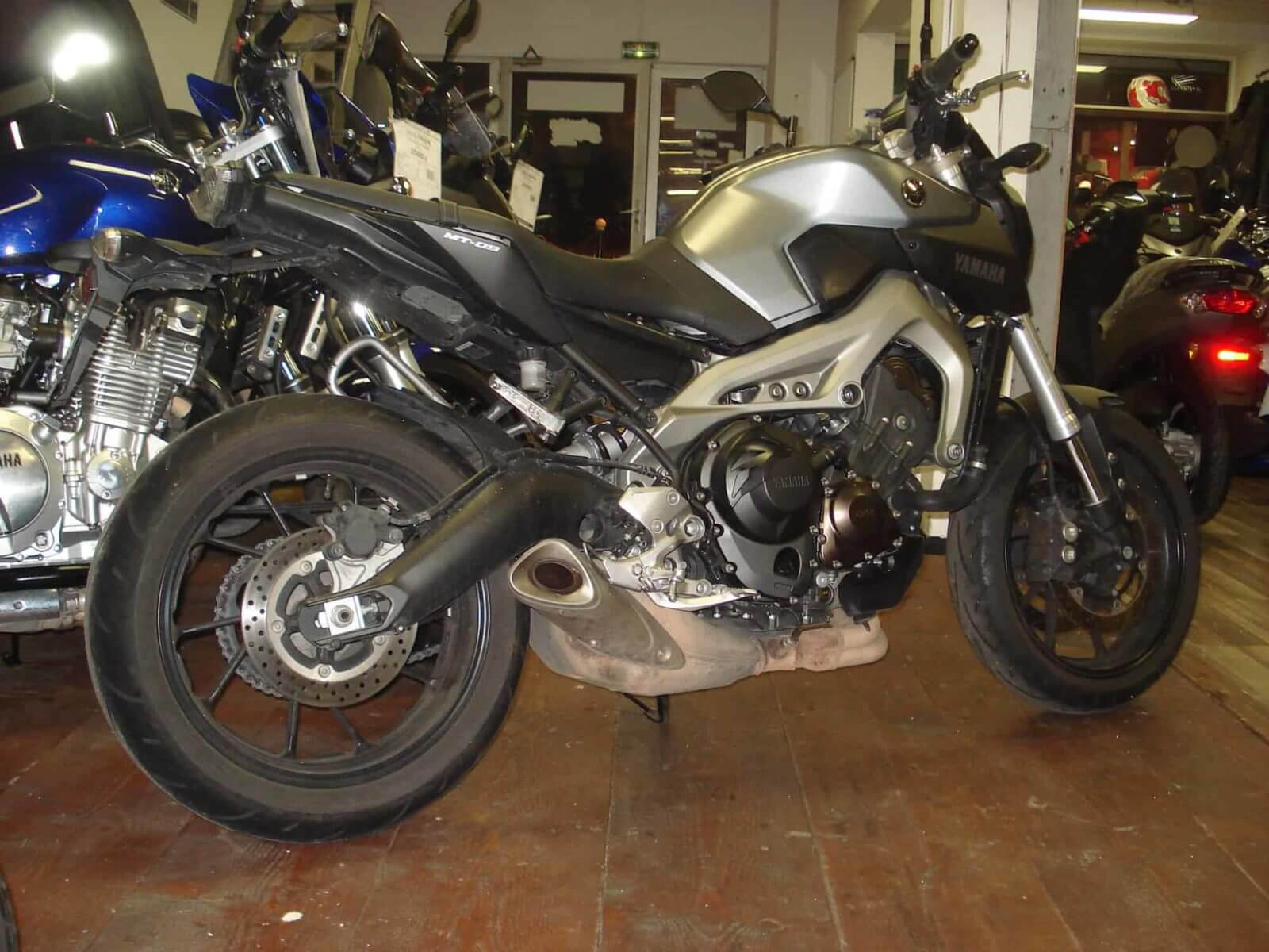 Vendu ! Yamaha MT09 – 5500€