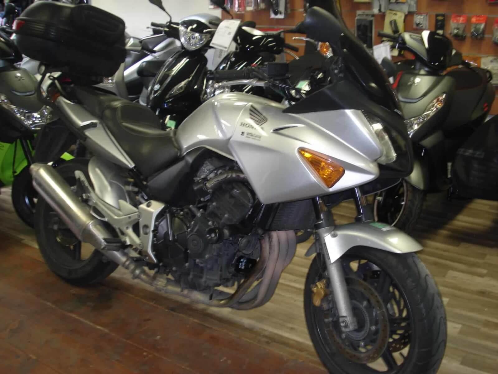 Vendu ! Honda CBF 600 F – 3500€