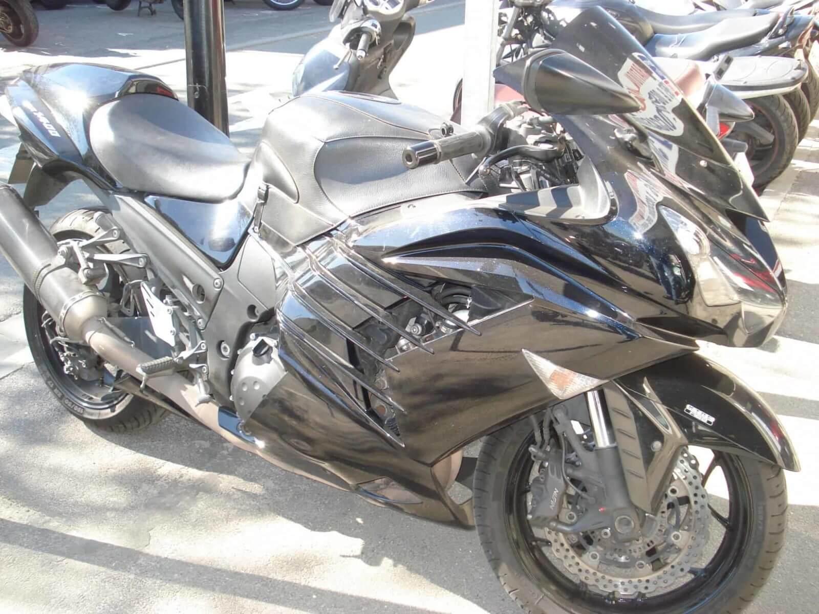 Kawasaki ZZR 1400 – 8500€