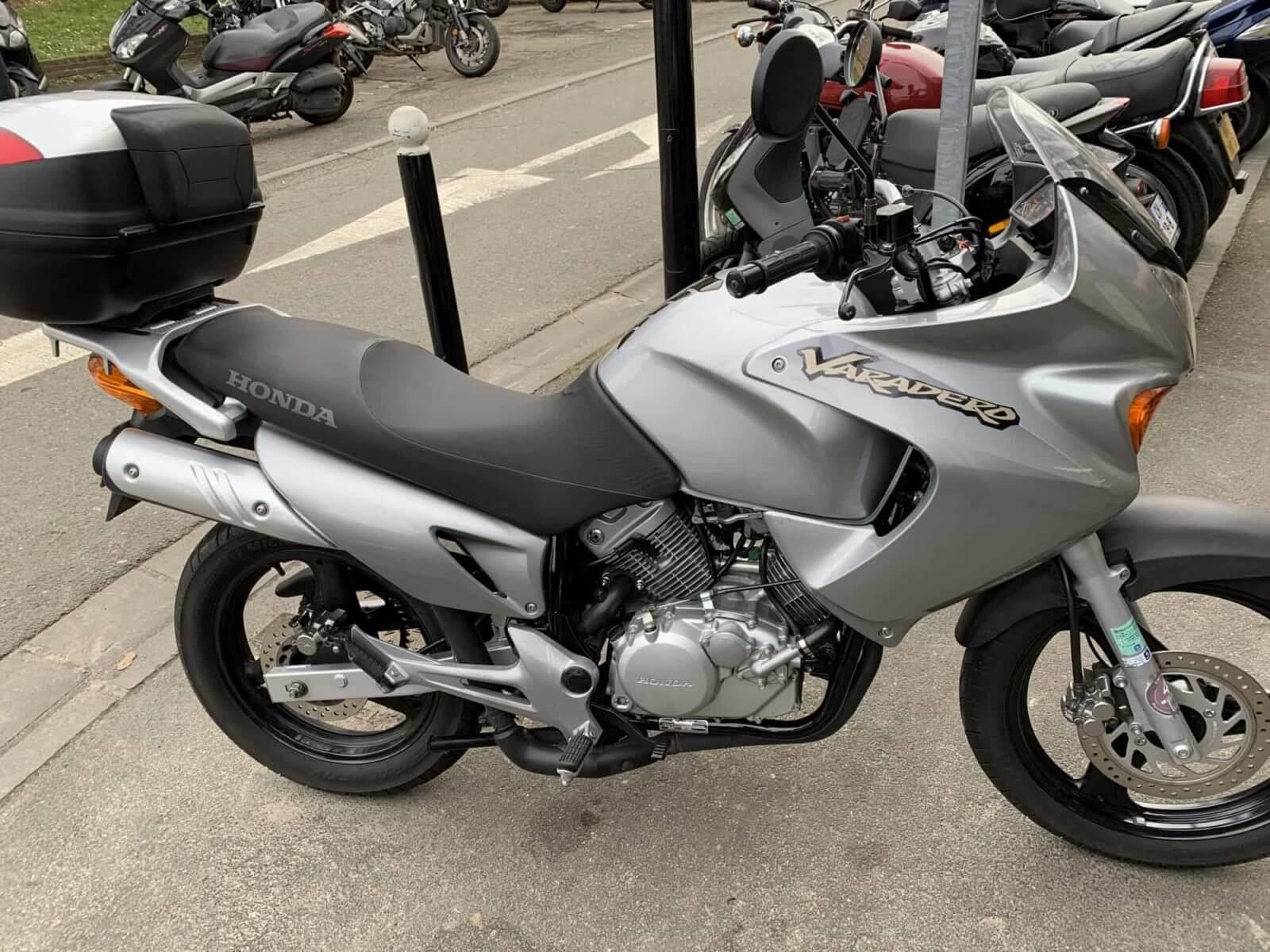Vendu ! Honda 125 Varadero – 2400€